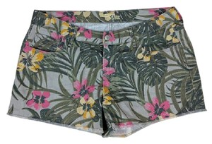 Old Navy Casual Tropical Shorts Multicolored