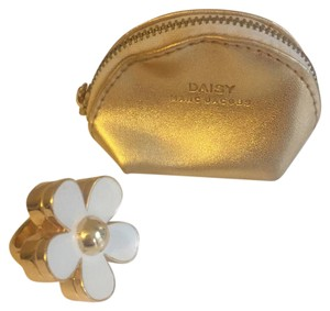 Marc by Marc Jacobs Marc by Marc Jacobs daisy perfume ring