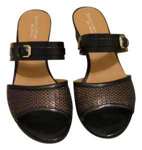 Naturalizer Leather Black Sandals