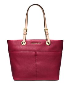 Michael Kors Jet Set Item Jet Set Travel Ew Satchel Tote in Cherry