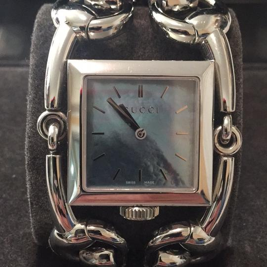 Gucci Gucci signoria mother of pearl watch Image 4