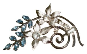 Amy's Treasure Box Blue Topaz, Crystals Silver Brooch Pendant