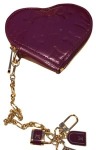 Louis Vuitton Vernis heart coin purse