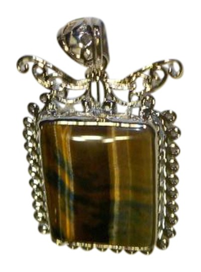 Preload https://img-static.tradesy.com/item/20849042/brown-brown-tones-silver-tiger-eye-pendant-necklace-0-2-540-540.jpg