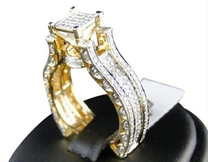 Other Bridal 14K Yellow Gold Round Pave Diamond Engagement Ring 1.10 Ct