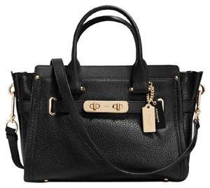 Coach 34816 Light Gold Swagger 27 Satchel in Black