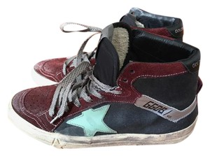 Golden Goose Deluxe Brand Sneakers Distressed Black/Burgundy/Green Athletic