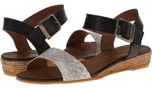 Eric Michael Espadrille Wedge beige snakeskin and black leather Sandals