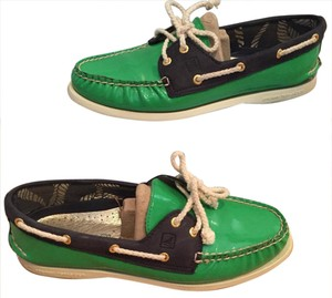 Sperry Kelly Green and Navy Flats