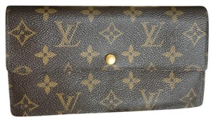 Louis Vuitton Authentic Louis Vuitton Sarah long wallet