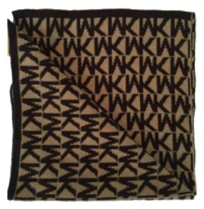 27a6adcec417 Michael Kors Michael Kors Brown Tan MK Signature Scarf New