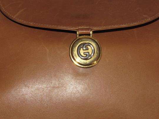 Gucci Mint Vintage Expandable Sides Early 60's Mod Leather/Gold Envelope Top Purse Shoulder Bag Image 1