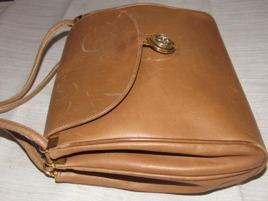 Gucci Mint Vintage Expandable Sides Early 60's Mod Leather/Gold Envelope Top Purse Shoulder Bag Image 3