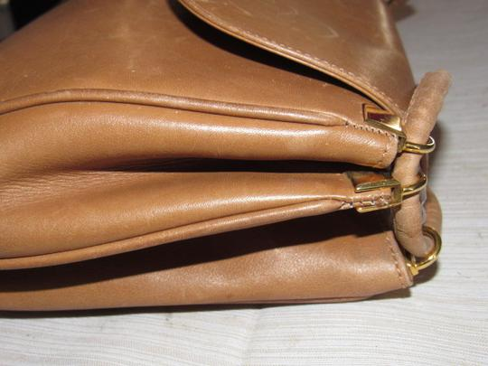 Gucci Mint Vintage Expandable Sides Early 60's Mod Leather/Gold Envelope Top Purse Shoulder Bag Image 7