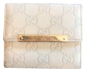 Gucci Wristlet in Ivory