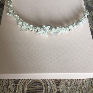 David's Bridal Crystal And Pearl Flower Bridal Headband