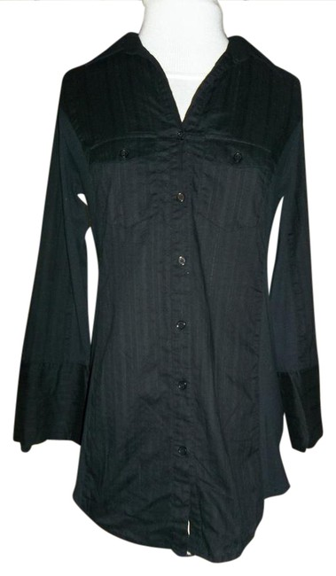 Preload https://img-static.tradesy.com/item/20850739/maurices-black-button-up-shirt-blouse-size-10-m-0-1-650-650.jpg