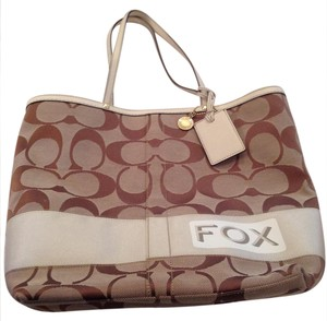 Coach Tote in Brown and cream