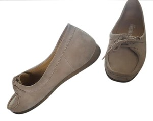 Clarks Suede Tan Sand Suede Flats