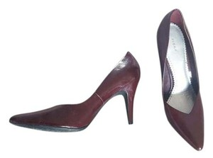 Fioni Red Dark Red Pumps