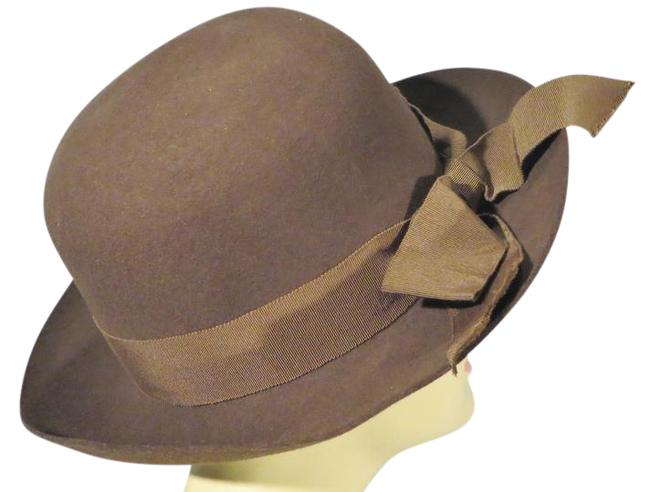 Item - Brown 1980s 'ladylike' Felt with Bow Hat