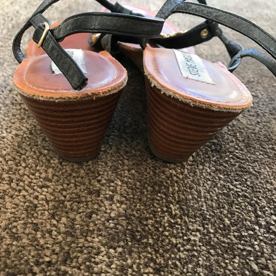 cdefce05cf5 Steve Madden Black   Gold Chain Link Leather Thong Sandals Size US ...