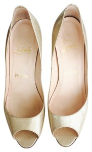 Christian Louboutin Patent Leather Peep Toe Gold, Champagne Pumps