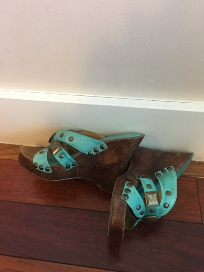 Diego di Lucca Turquoise , brown. Platforms Image 3