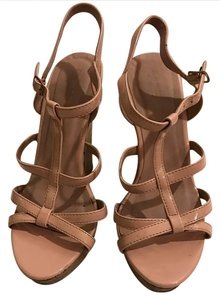 Wild Diva shoes bage Wedges
