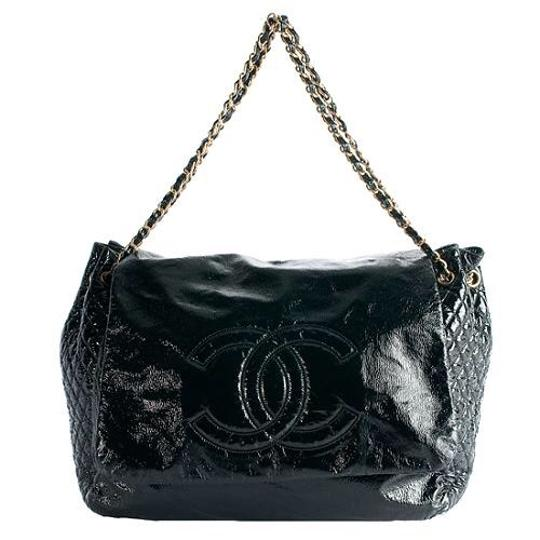 Chanel Tote in black Image 2