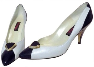 Proxy Classic Leather Gold Hardware Retro Navy & White Pumps