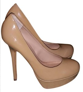 Steve Madden Nude,tan Pumps