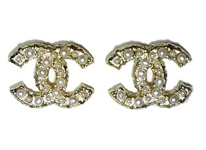 Chanel Brand New 2016 CHANEL Gold CC Logo Pierced Earrings Pearls with Box