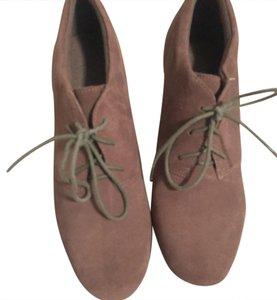 Clarks Tan/Taupe Boots