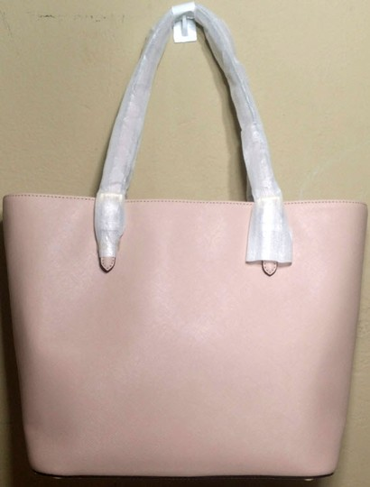 Michael Kors Jet Set Item Snap Pocket Jet Set Travel Tote in pink Image 1