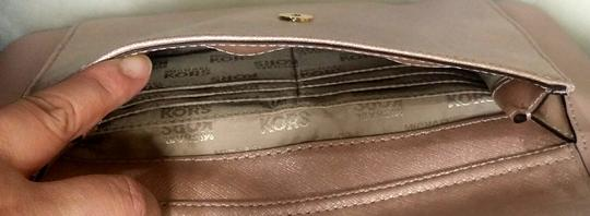 Michael Kors Jet Set Item Snap Pocket Jet Set Travel Tote in pink Image 3