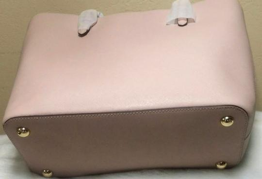 Michael Kors Jet Set Item Snap Pocket Jet Set Travel Tote in pink Image 8