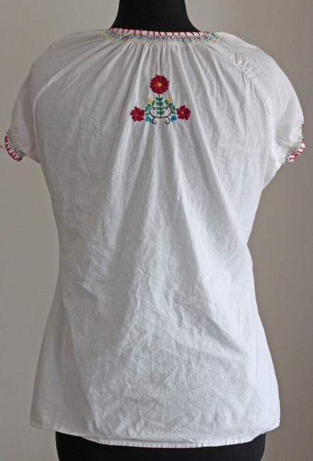 Maurices Flowers V-neck Cotton Top White Image 1