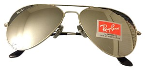 all silver mirrored RAYBAN aviator sunglasses size 62 Aviator Sunglasses