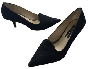 Steven by Steve Madden Size 8 Sueded Leather Kitten Heel Pointed Toe Under Black Pumps