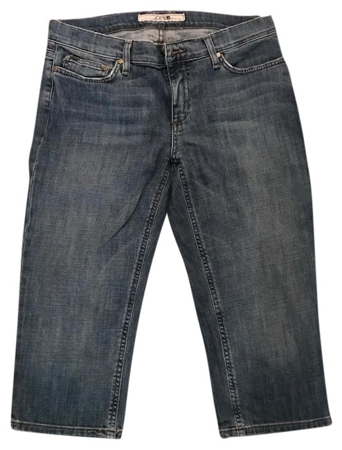 Preload https://img-static.tradesy.com/item/20855133/joe-s-jeans-blue-medium-wash-capricropped-jeans-size-30-6-m-0-1-650-650.jpg