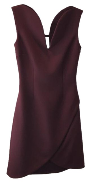 Preload https://img-static.tradesy.com/item/20855487/versace-burgundy-women-s-short-night-out-dress-size-2-xs-0-1-650-650.jpg
