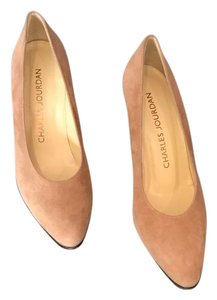 Charles Jourdan tan Pumps