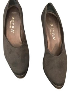 Petra Fashions black Pumps