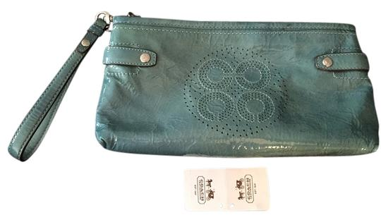 Preload https://item1.tradesy.com/images/coach-audrey-perforated-wristletclutch-lagoon-patent-leather-wristlet-2085645-0-0.jpg?width=440&height=440