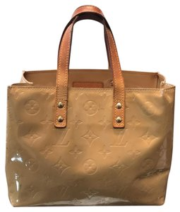 Louis Vuitton Tote in gold monogram