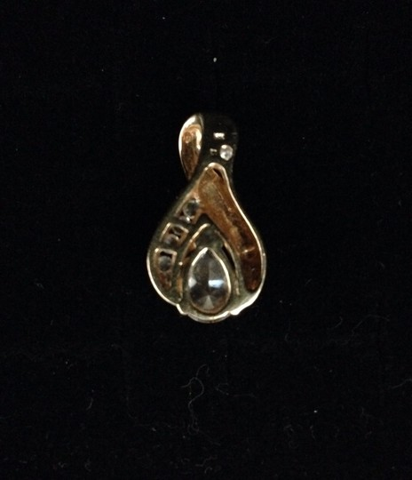 Other 14K GOLD CZ PENDANT.