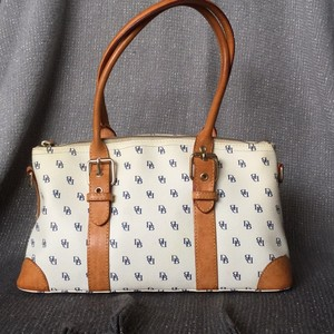 Dooney & Bourke Satchel in white with navy