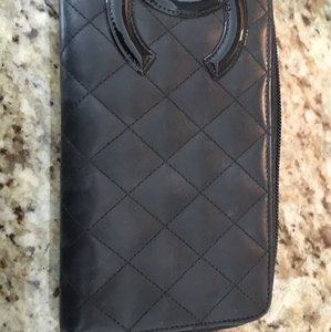 Chanel Chanel Authentic Wallet
