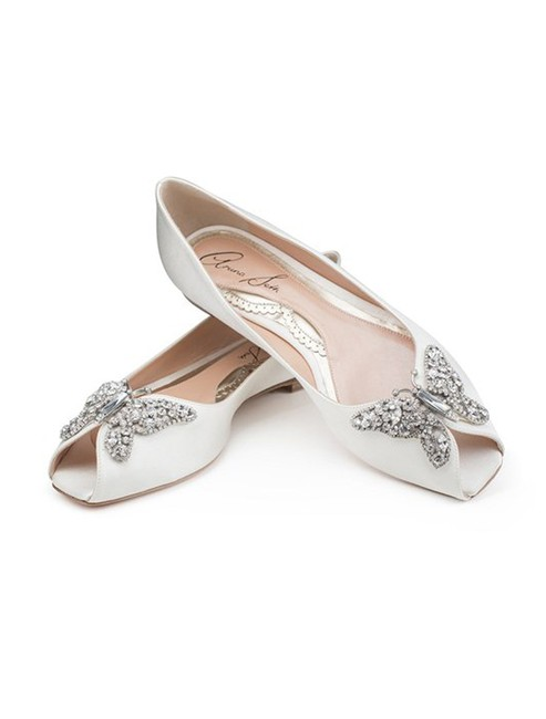 Item - Ivory Liana Crystal Butterfly Peep Toe Satin Flats Formal Size US 6 Regular (M, B)